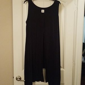Black cabi tank with elongated sides